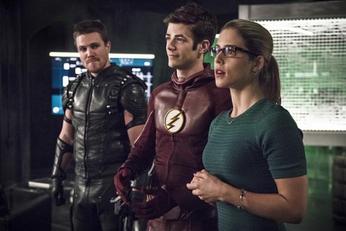 arrow-the-flash-crossover-photos-19
