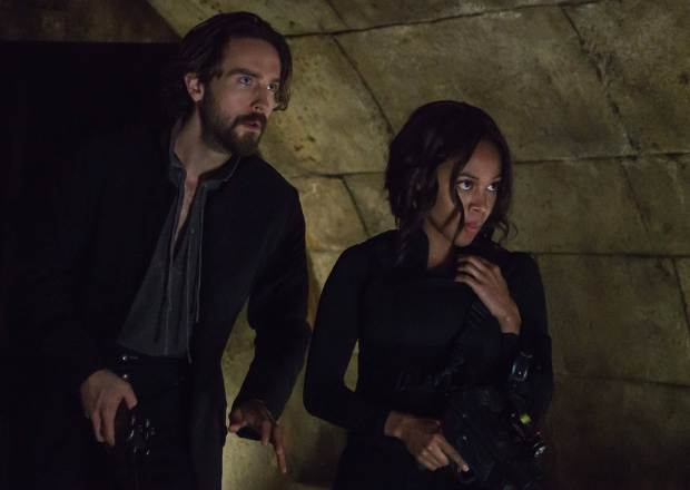 sleepy-hollow-friday-fox