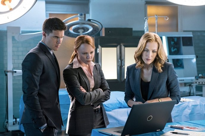 the-x-files-finale-can-mulder-and-scully-stop-the-end-of-the-world