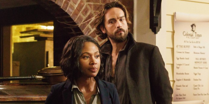 Nicole-Beharie-and-Tom-Mison-in-Sleepy-Hollow-Season-3-Episode-1