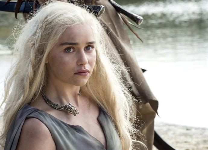 Emilia Clarke Solicita Más Desnudos Masculinos En Juego De Tronos