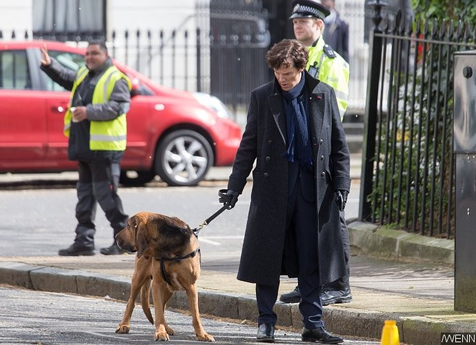 sherlock-season-4-set-pics-benedict-cumberbatch-martin-freeman-baby-and-dog