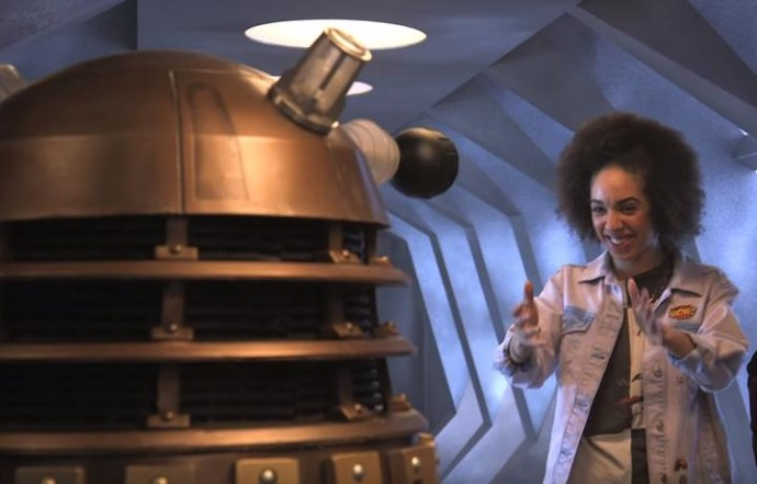 watch-doctor-whos-new-companion-meet-her-first-dalek_1
