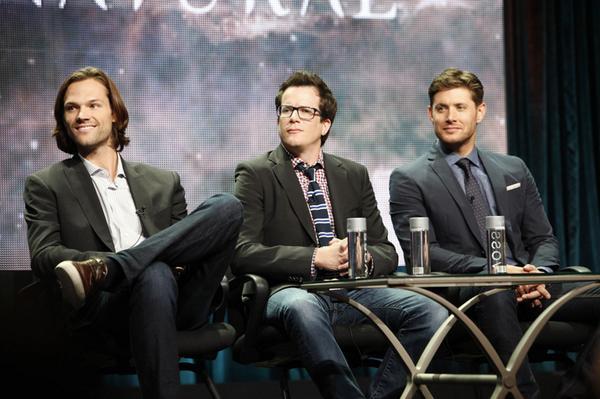 Supernatural-Jared-Padalecki-Jeremy-Carver-Jensen-Ackles-TCA14
