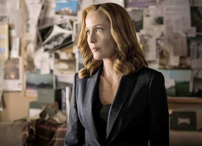 gillian-anderson-has-a-hilarious-reaction-to-the-x-files-emmy-snub
