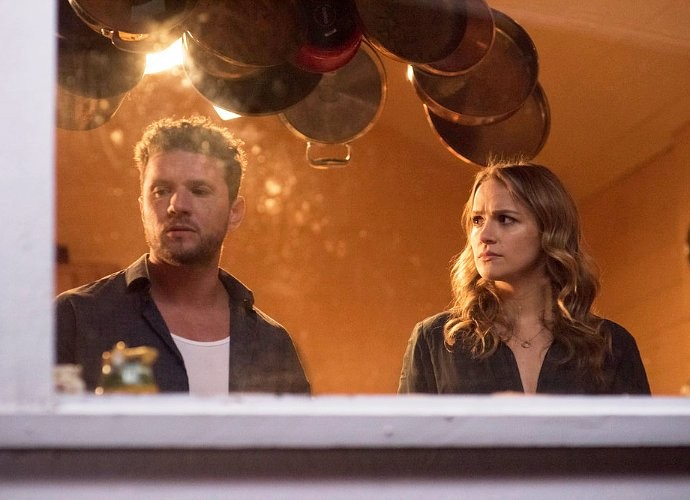 usa-delays-premiere-of-ryan-phillippe-s-shooter-in-wake-of-dallas-tragedy