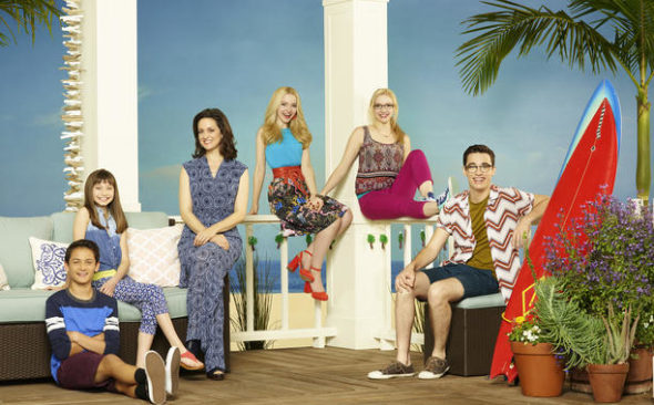 """LIV AND MADDIE - Disney Channel's """"Liv and Maddie"""" stars Tenzing Norgay Trainor as Parker Rooney, Lauren Lindsey Donzis as Ruby, Kali Rocha as Karen Rooney, Dove Cameron as Liv and Maddie Rooney and Joey Bragg as Joey Rooney. (Disney Channel/Bob D'Amico)"""