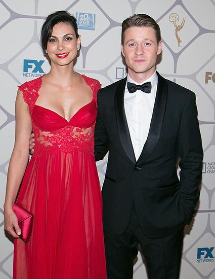 Ben McKenzie y Morena Baccarin de Gotham se han comprometido