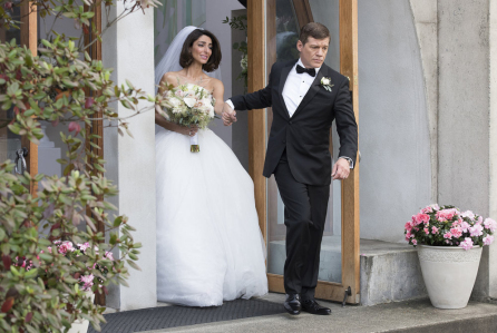 "GIRLFRIENDS' GUIDE TO DIVORCE -- ""Rule #876: Everything Does NOT Happen For A Reason"" Episode 212 -- Pictured: (l-r) Necar Zadegan as Delia, Matthew Glave as Gordon Beech -- (Photo by: Dean Buscher/Bravo)"