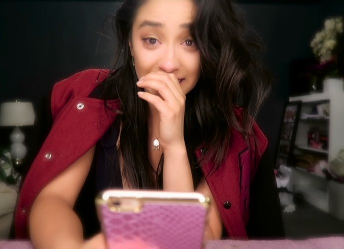 shay-mitchell-tearfully-says-goodbye-to-pretty-little-liars-in-farewell-video