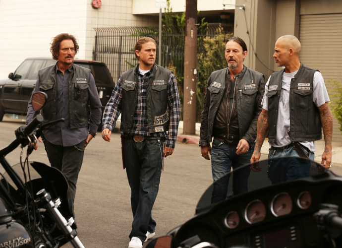 sons-of-anarchy-prequel-first-9-isnt-dead-yet-kurt-sutter-shares-plot-ideas