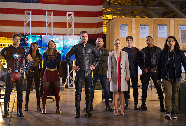 supergirl-flash-arrow-legends-crossover-1