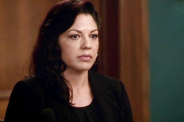 Sara Ramirez ataca a la cadena ABC y a The Real O´Neals por una ...