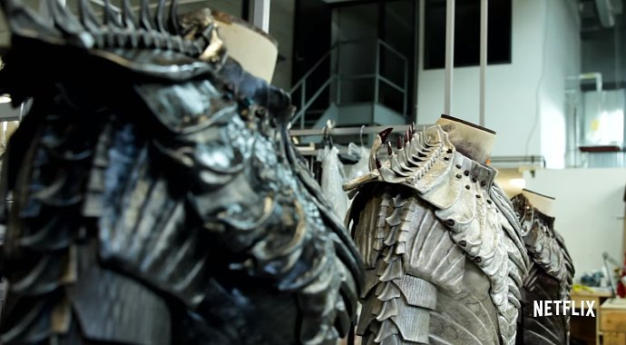 star-trek-discovery-set-photo-offers-first-look-at-klingons