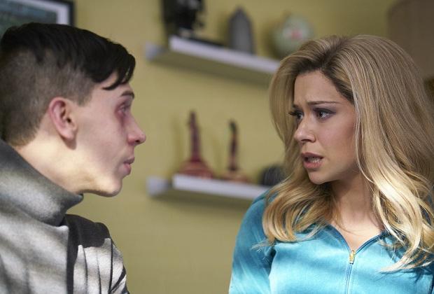 Felix (JORDAN GAVARIS) and Krystal (TATIANA MASLANY)