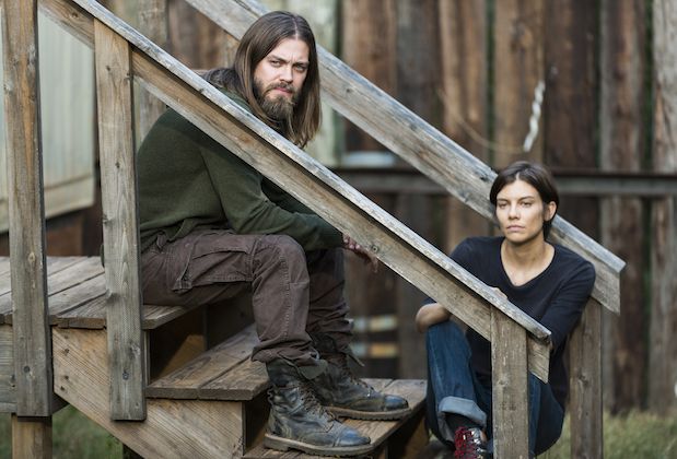 the-walking-dead-season-7-episode-14-tom-payne-lauren-cohan