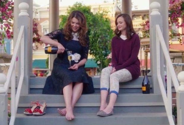 gilmore-girls-best-comedy-20161 (1)