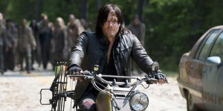 The-Walking-Dead-Norman-Reedus-Daryl-Motorcycle