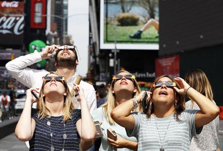 netflix-ratings-solar-eclipse-2017