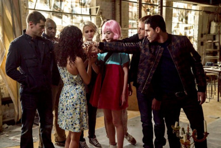 porn-site-offers-to-produce-sense8-season-3