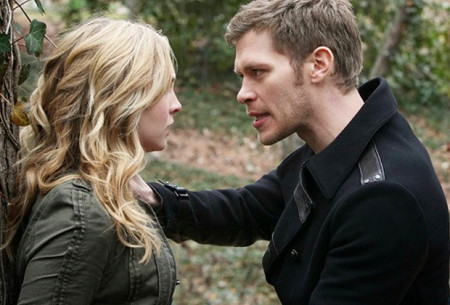 the-originals-klaus-caroline-featured