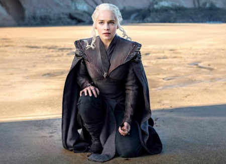 game-of-thrones-season-8-set-photos-hint-at-winterfell-and-king-s-landing-battles