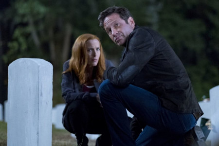 30-new-images-from-the-x-files-season-11-and-an-amusing-alien-prank-video17