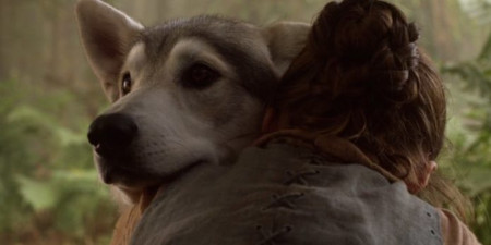 Arya-and-Nymeria-on-Game-of-Thrones-696x348 (1)