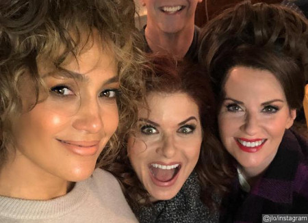 get-the-first-look-at-jennifer-lopez-s-will-and-grace-return