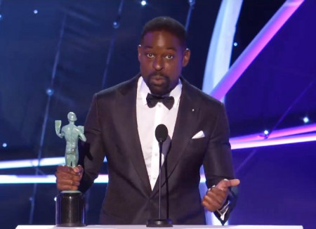 sterling-k-brown-reveals-he-keeps-his-awards-in-the-garage-at-2018-sag-awards
