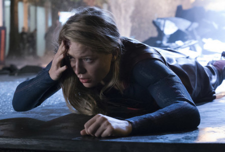 supergirl-season-3-hiatus