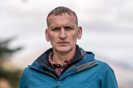 Christopher-Eccleston-as-Maurice-in-The-A-Word-816f519