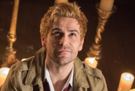 legends-of-tomorrow-season-4-matt-ryan-constantine-450x304