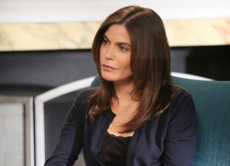 teri-hatcher-is-all-in-for-desperate-housewives-reboot