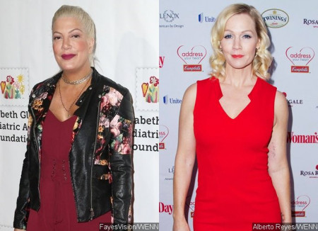 tori-spelling-to-reunite-with-jennie-garth-on-new-series