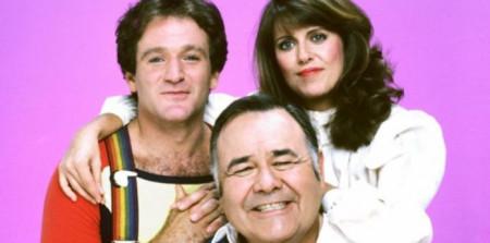 Una biografía sobre Robin Williams revela su mal comportamiento en el set de Mork & Mindy