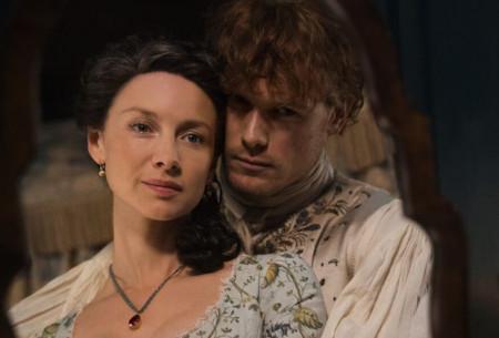 outlander-renewed-seasons-5-6-dw