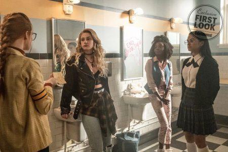 """24d5e5f907 La temporada 3 de Riverdale verá al elenco interpretando a los respectivos  padres de sus personajes en un episodio de flashback titulado """"The Midnight  Club"""" ..."""