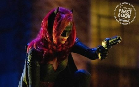 Se lanza nueva imagen de Batwoman en el próximo crossover del Arrowverse