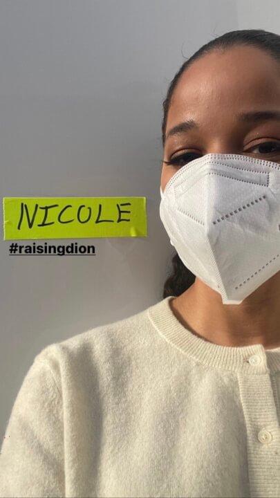 nicole filma una temporada 2 de levantamiento de fotos